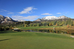 mammoth lakes golf course with moutnain